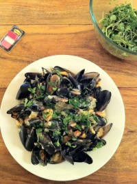 mussels in white wine & cream. And watercress salad with special mustard dressing.